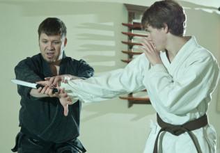the dojo knife training
